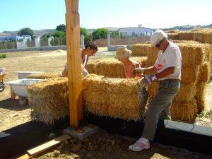 casa de paja, autoconstruccion, bioconstruccion, vida alternativa, como hacer una casa, transicion