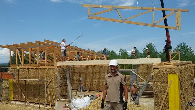 bioconstruccion, bricolaje, como hacer una casa, casas de paja, autoconstruccion, taller de bioconstruccion, curso de bioconstruccion, curso de carpinteria, casa paja balas jumbo